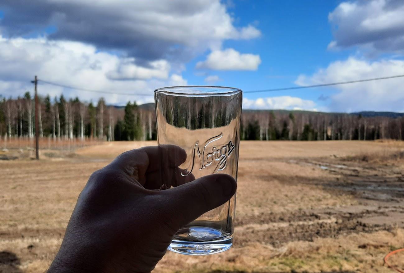Vanter vatten, brudd på vannledning Lierfoss